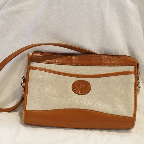 Partners Mervyn s Genuine Leather cross body purse e76451ac8e87d